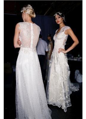 da5be0c73411 Υπέροχα νυφικά με δαντέλα στην πλάτη - gamos.gr Pettibone  wedding  gamos