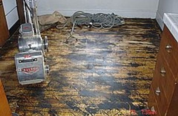 How To Remove Glue Off A Floor After Removing Linoleum Removing Vinyl Flooring Vinyl Tile Removing Laminate Flooring