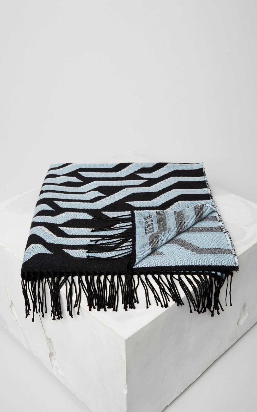 BLACK Geo Tiger Wool Scarf for unisex KENZO   Statement Bags + ... de90e1856dc