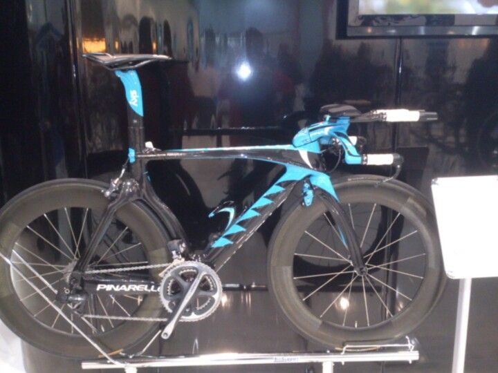 Team Sky Pinarello - London bike show 2013