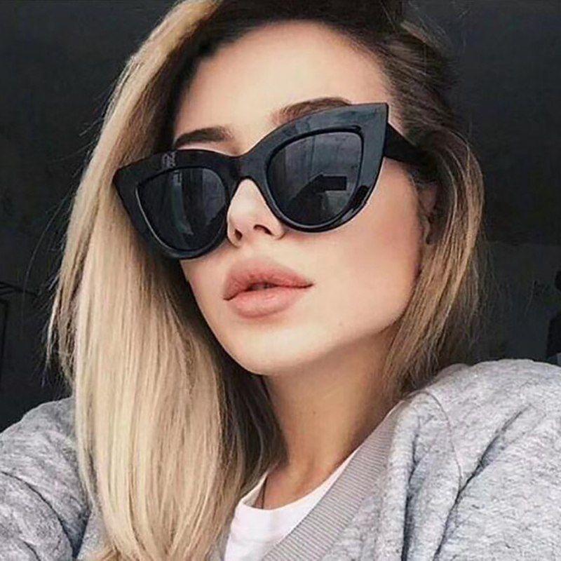 9c532267735 Pas cher 2019 Vintage Cat Eye lunettes de Soleil Femmes Marque Designer  Shades jaune Rouge Dames
