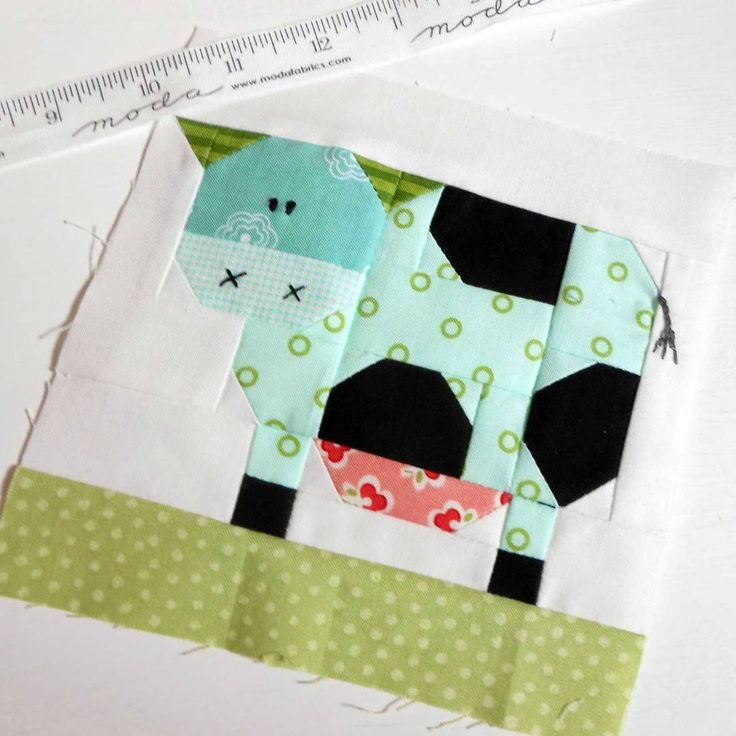 "Hello Darling Cow.  This is the 6"" quilt block version."