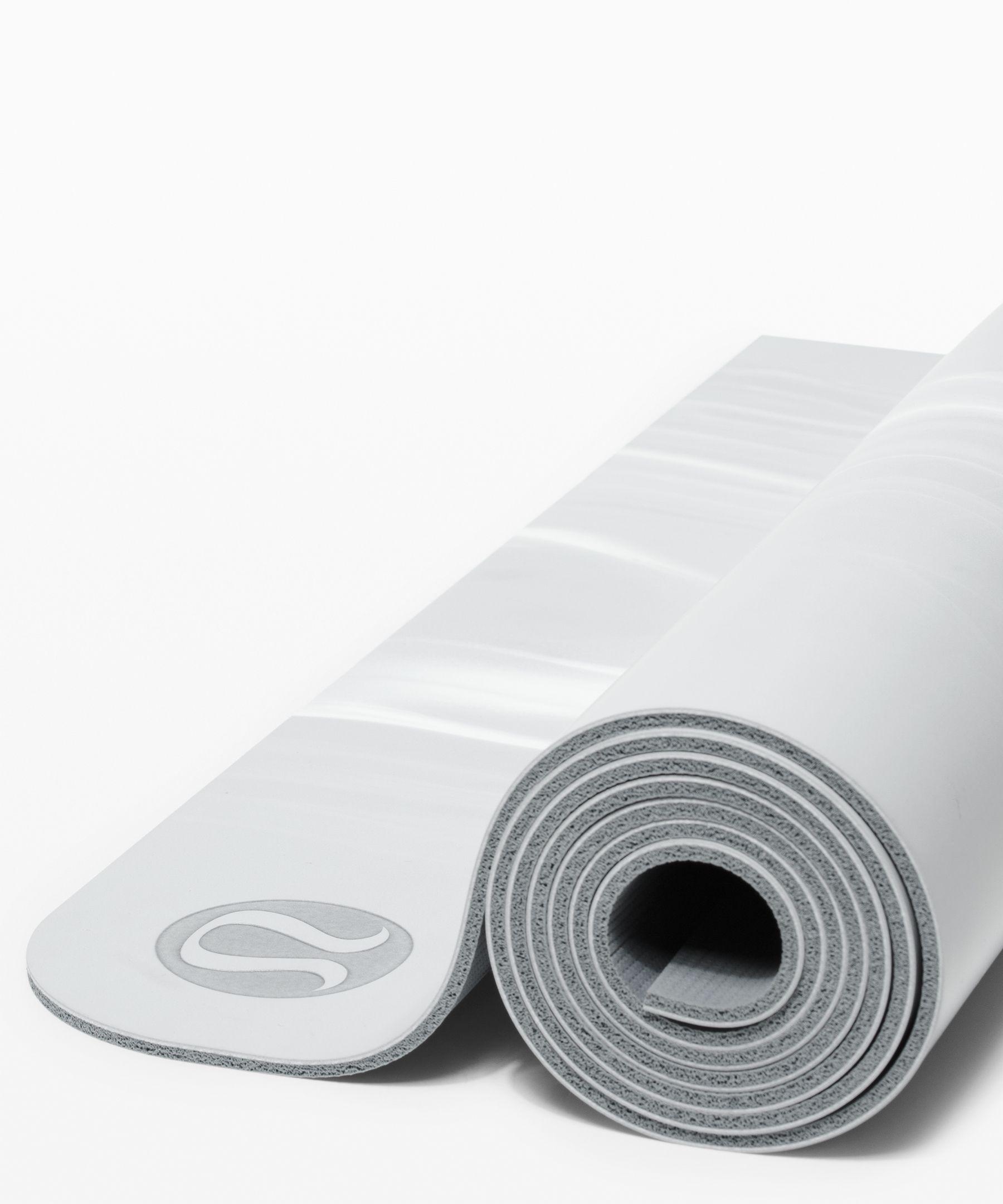 The Reversible Mat 5mm Women S Yoga Mats Lululemon In 2020 Lululemon Yoga Mat Yoga Women Yoga Mat