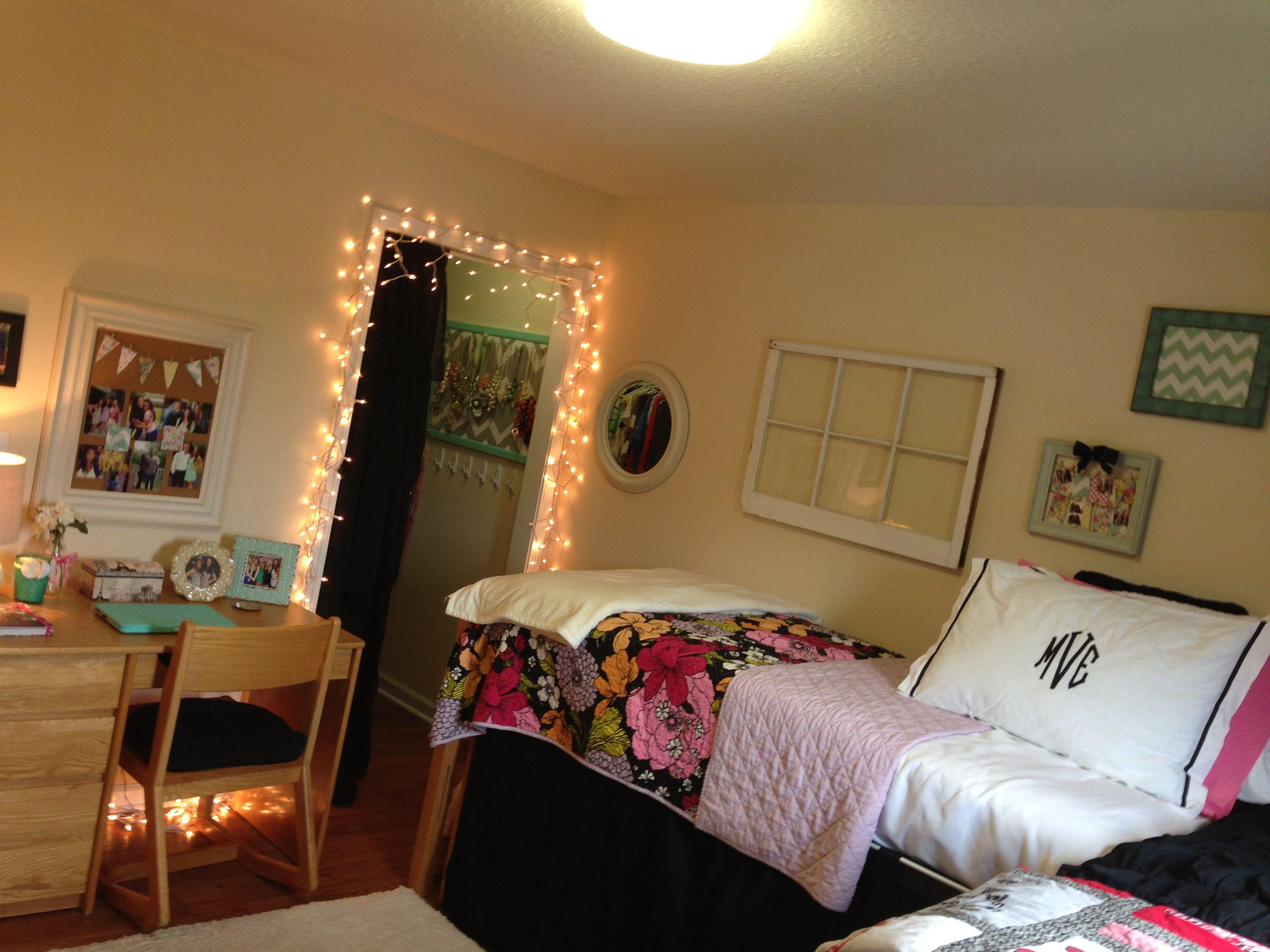 Morg s cute dorm room Dorm Room Pinterest
