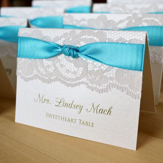 KNOT PLACE CARDS ♥ Tented place cards stand on their own so no