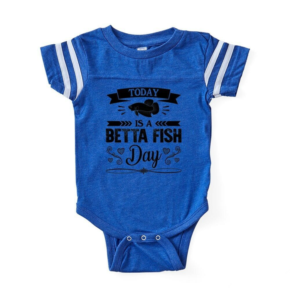 Black Cat Staring at Betta Fish Bowl Men/'s Novelty T-Shirt
