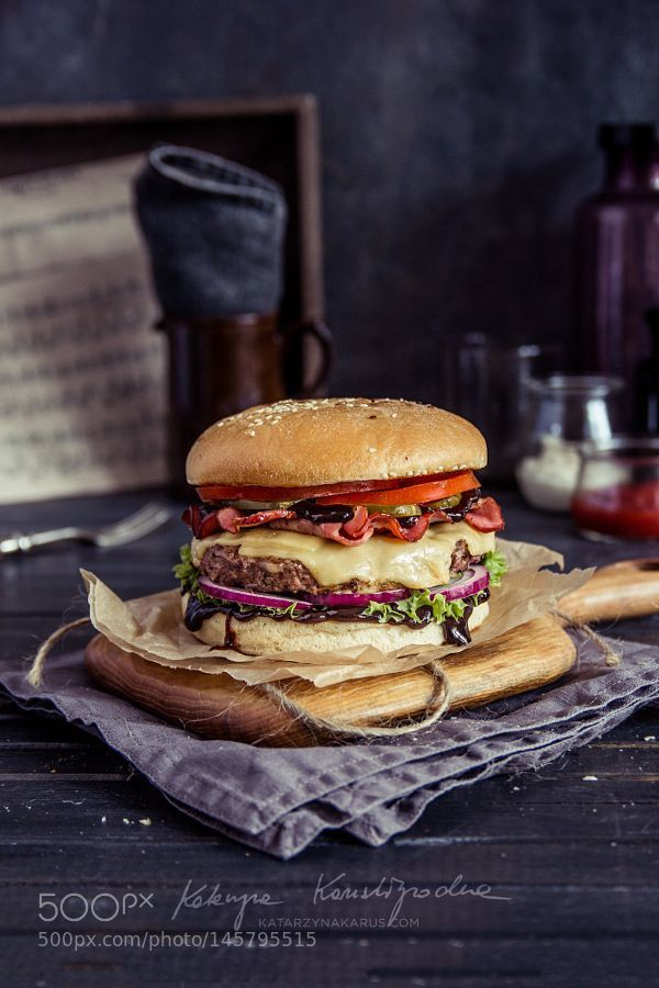 Pin by Cristian George Belgun on fast food photography in ...Pub Food Burgers