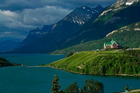 Prince Of Wales Hotel Waterton Lakes Glacier National Peace Park Alberta Canada