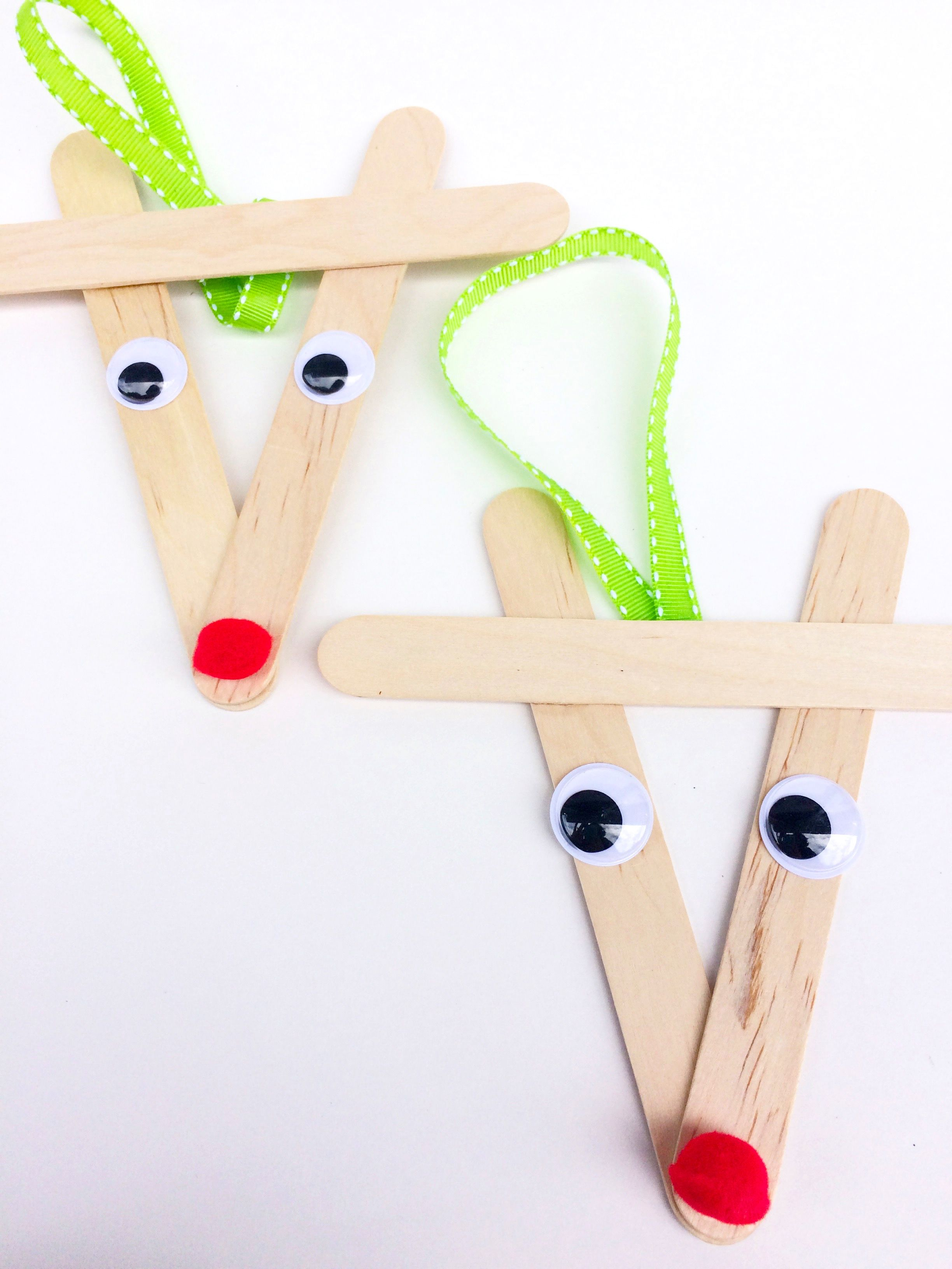 Super Easy Holiday Crafts You Can Make With Your Kids On
