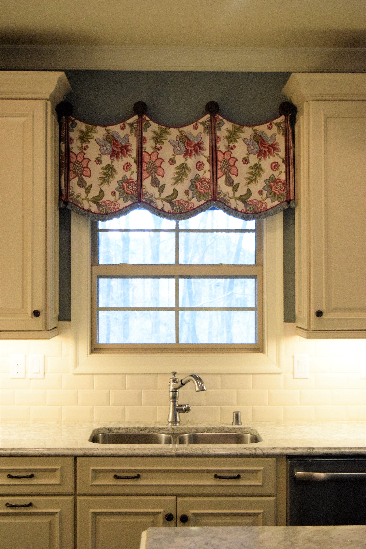 Custom kitchen window valance | Lisa Lynn Designs ...