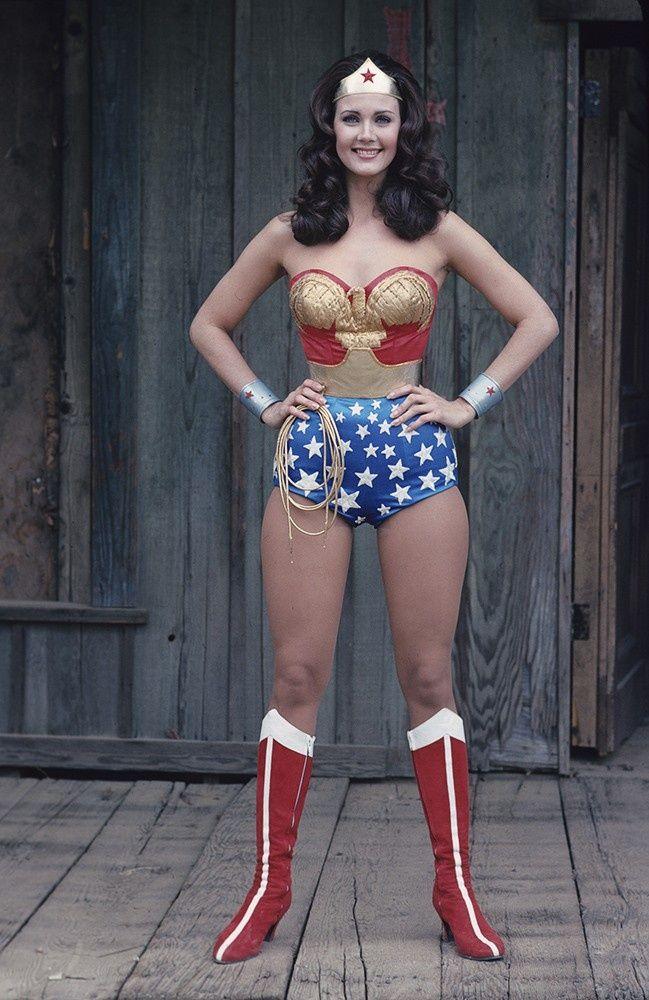 Lynda Carter As Wonder Woman Lynda Carter Wonder Woman Women Tv