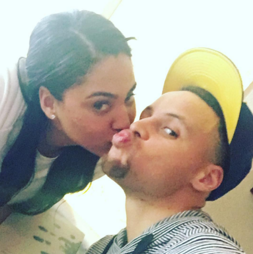 @ayeshacurry: Kiss and a cowlick #ozumooakland...