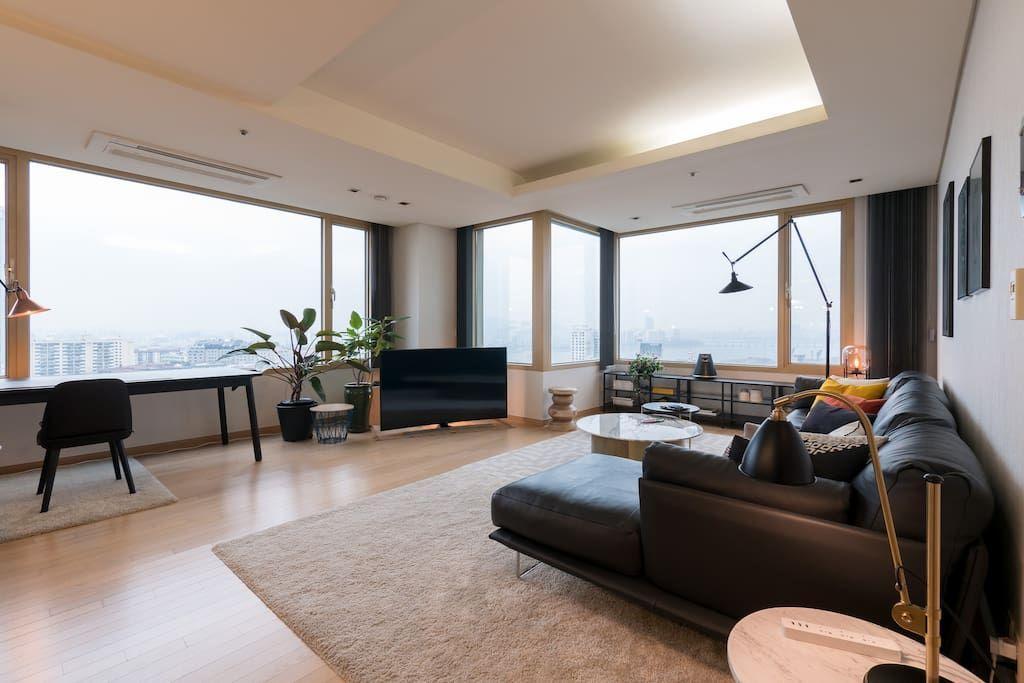 Bright Modern River View Coex Gangnam Apartments For Rent In Gu Seoul South Korea