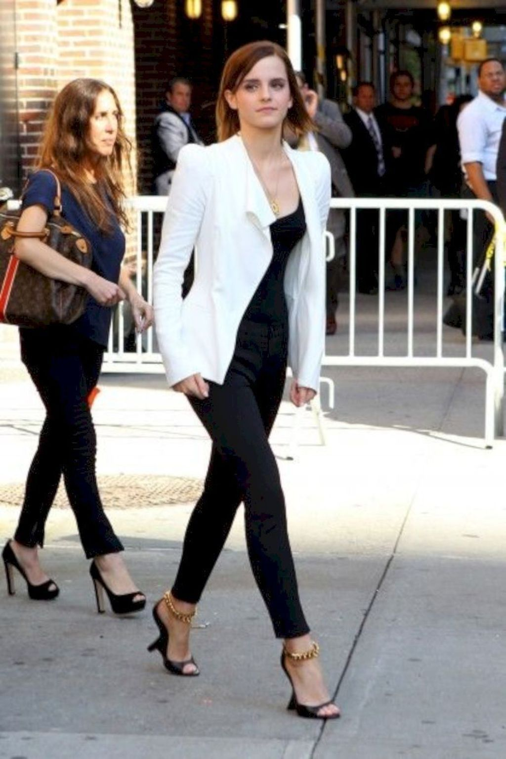 46 Impressive Spring And Summer Work Outfits Ideas For Women