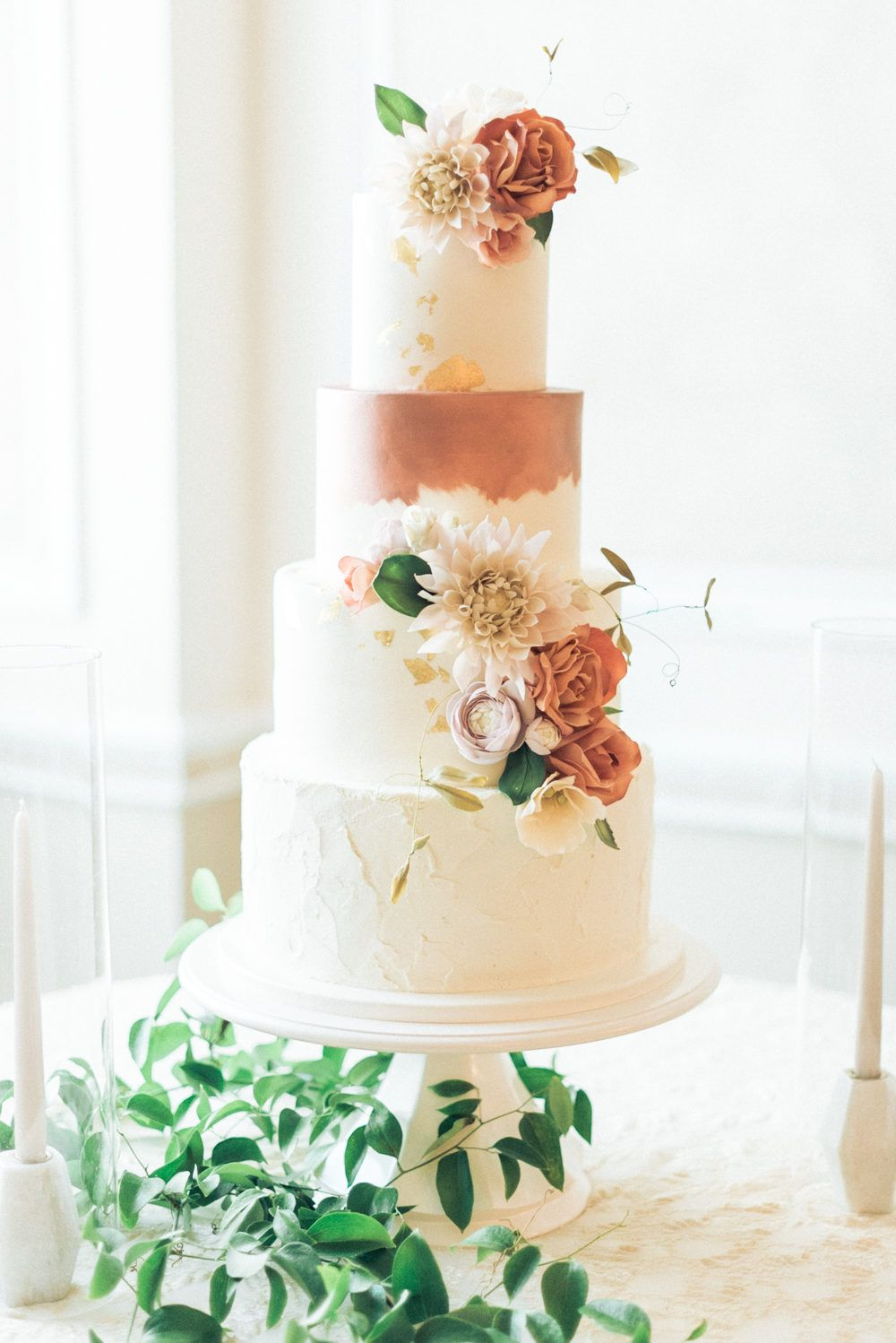 Chateau Wedding in Ottawa for the Modern Romantic in Cake