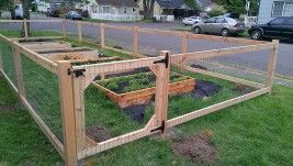 Garden Fence With Weld Wire Fenced Vegetable Garden Cheap Garden Fencing Chicken Wire Fence