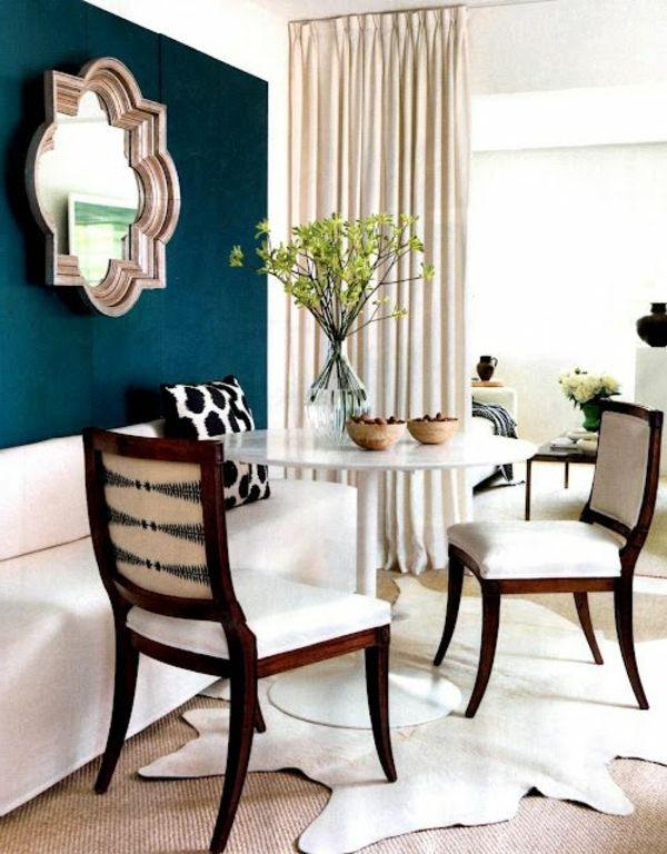 Esszimmer Stühle Polsterung Weiß Spiegel Pflanze