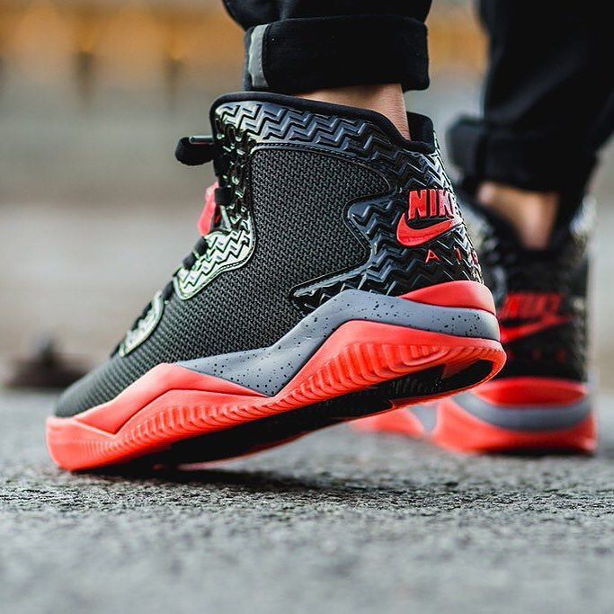 NEW ARRIVALS  Air Jordan Spike 40