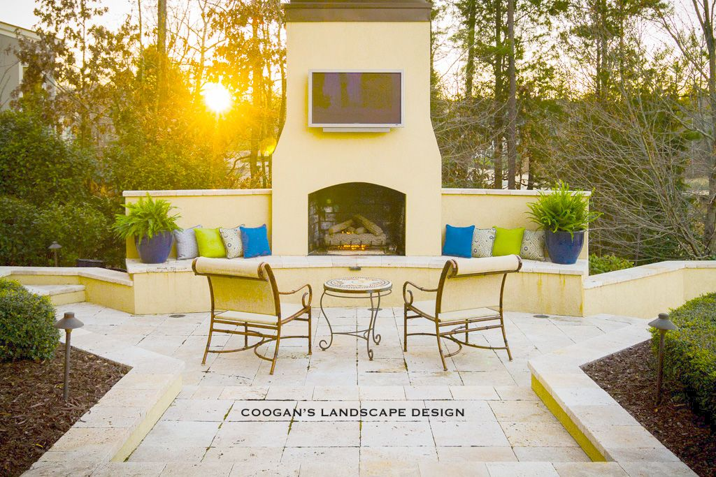 Outdoor Fireplace Seating Wall Stucco And Travertine Outdoor