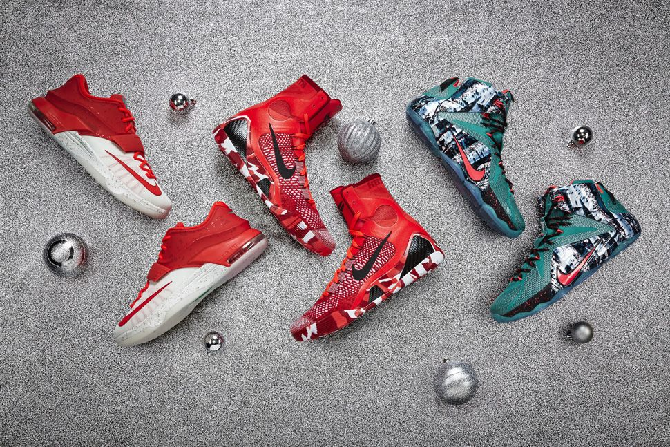 5b8c85013cb2 Nike Basketball Christmas 2014 Pack  KD VII