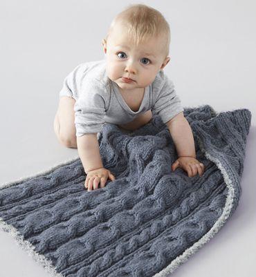 mod le phildar de couverture torsades en laine n buleuse et teddy tricot couture pour le. Black Bedroom Furniture Sets. Home Design Ideas