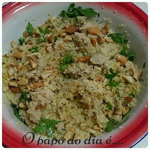 Hoje tem receita de cuscuz marroquino com castanha de caju.  Delícia!  Leia em http://www.opapododiae.com.br/#!Cuscuz-marroquino-com-castanha-de-caju/cmbz/567863270cf203da56e76855 #opapododiae #receitas #culinária  #cuscuz