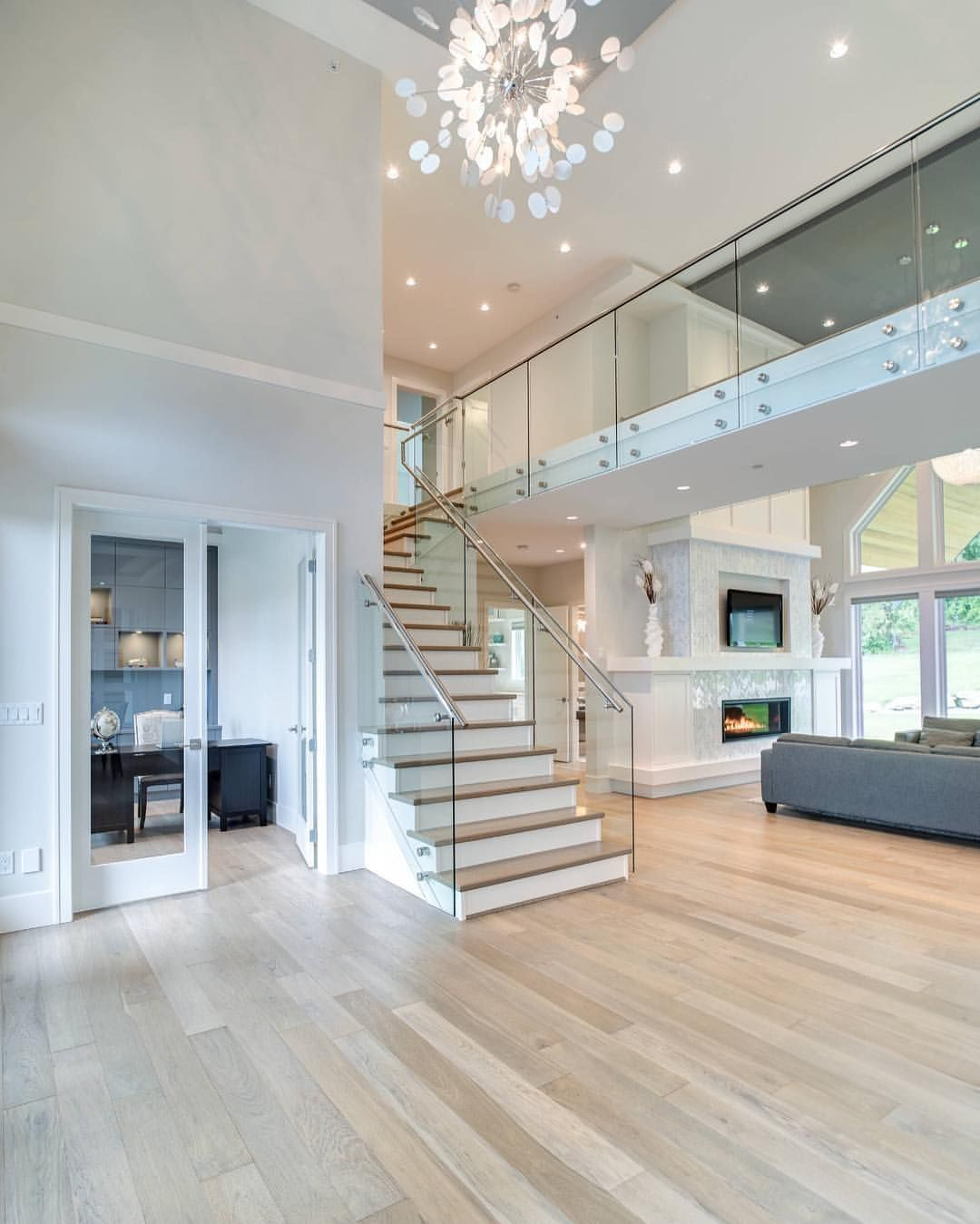 Best Pin By Kylie Lacik On Foyer In 2019 House Paint Interior 640 x 480