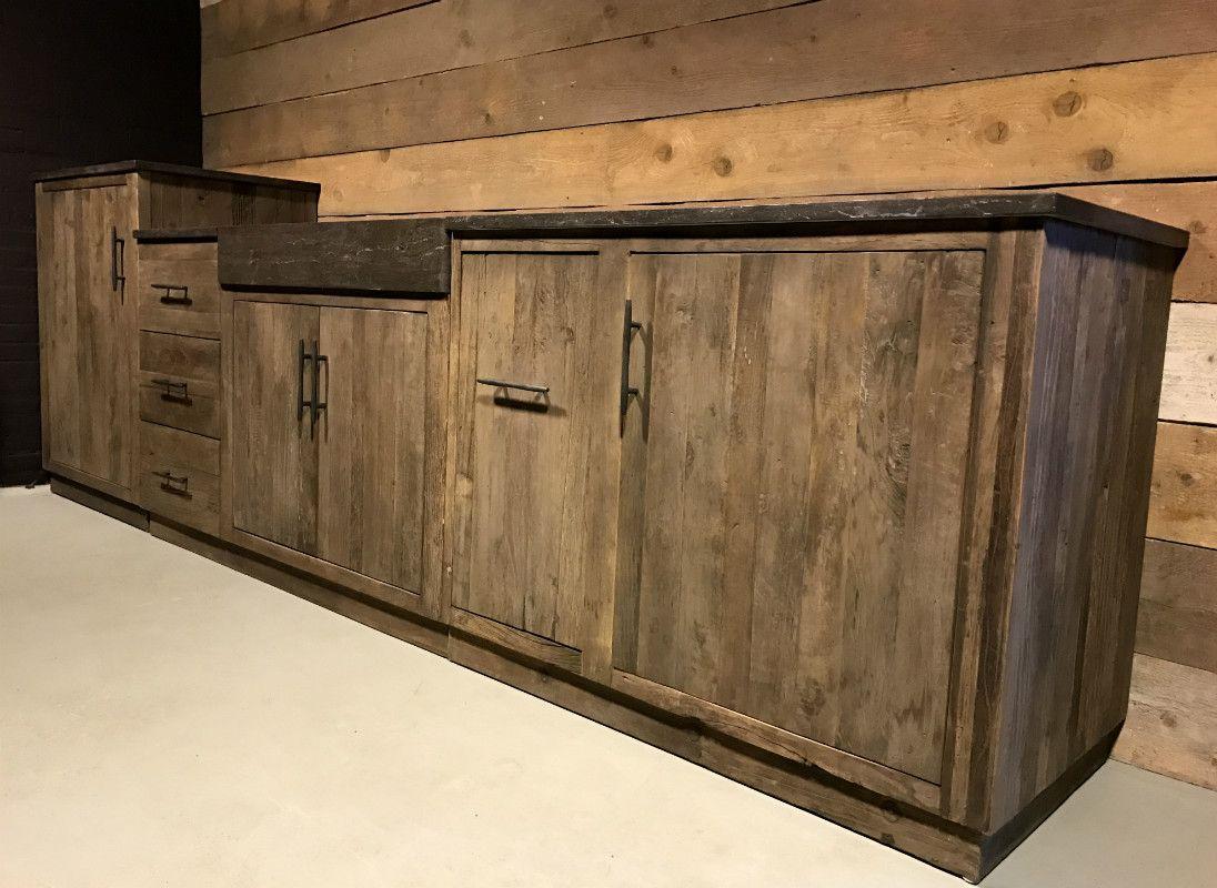 Küche Aus Elm Holz Die Küche Verfügt über Einen Stein Theken Und