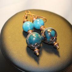 Boucles d'oreille bleu turquoise et cuivré, perles en céramique grecque.