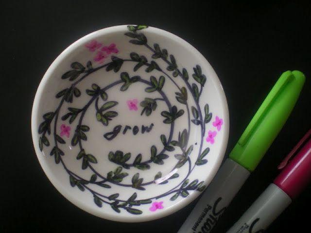 Artsy Ring Dish