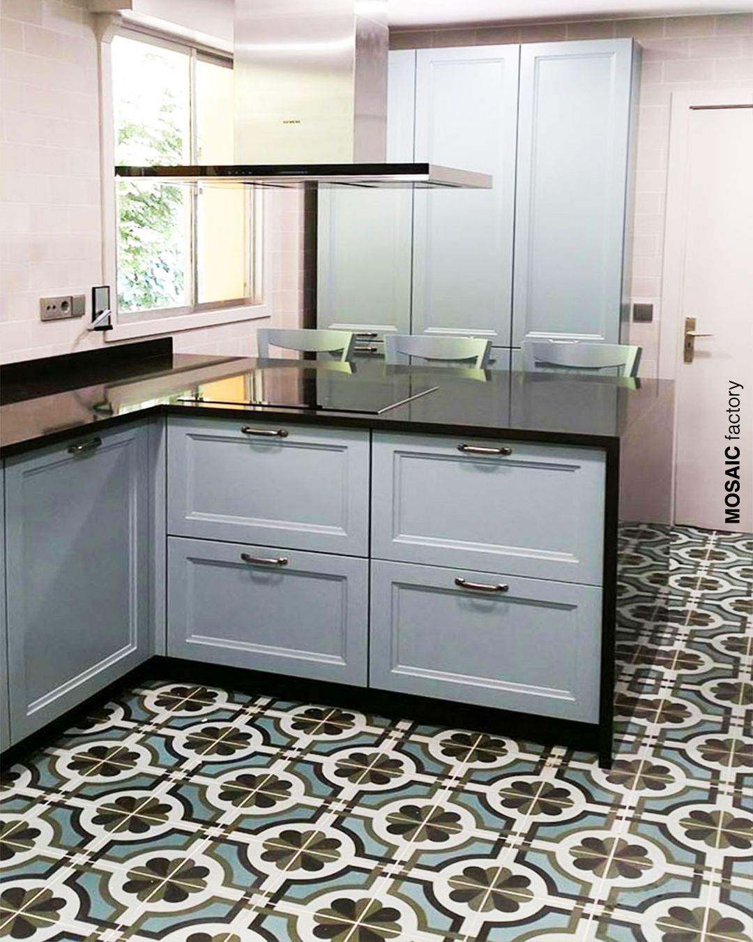 Decorative Kitchen Floor Tiles With A Vintage Pattern In Muted Green Colours Cement Tiles With Art Deco Inspired Tile Pattern Form Mosaic Factory Vinta Kuchnia
