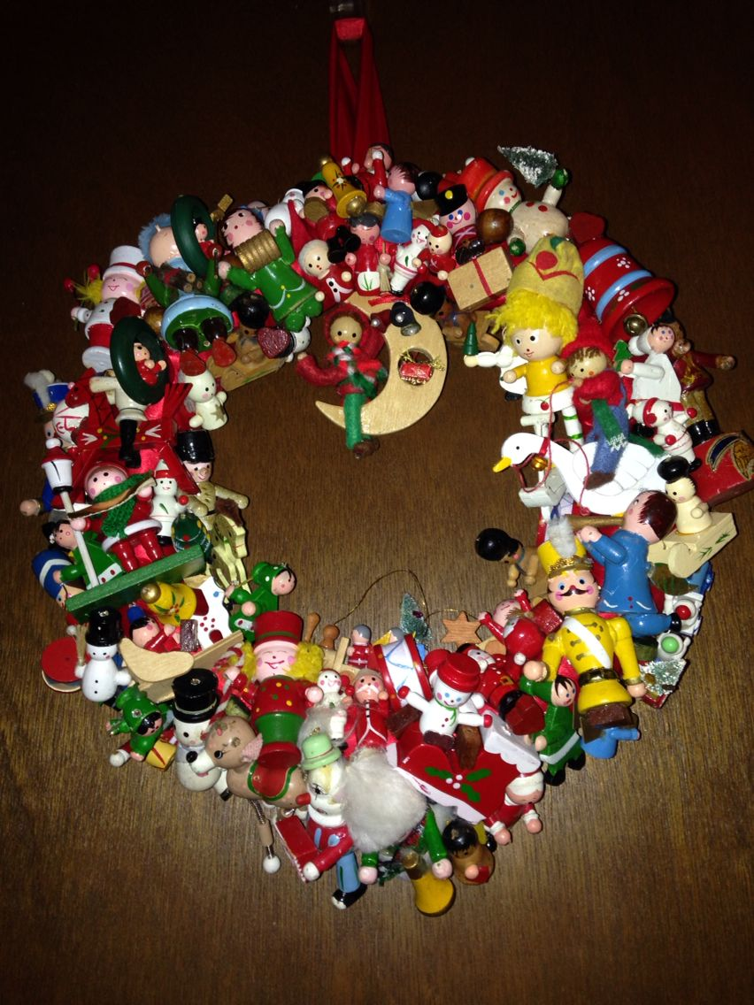 Vintage wooden christmas ornament wreath fyi youull need twice as