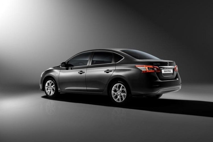2016 Nissan Sentra Rear View Gentlemen s Cars Pinterest