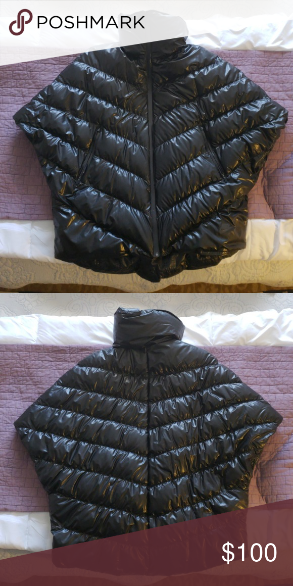 572e2d62360a Nike Cascade Down Poncho Water repellent goose down filled Nike poncho. So  cute and in perfect condition! nike Jackets   Coats