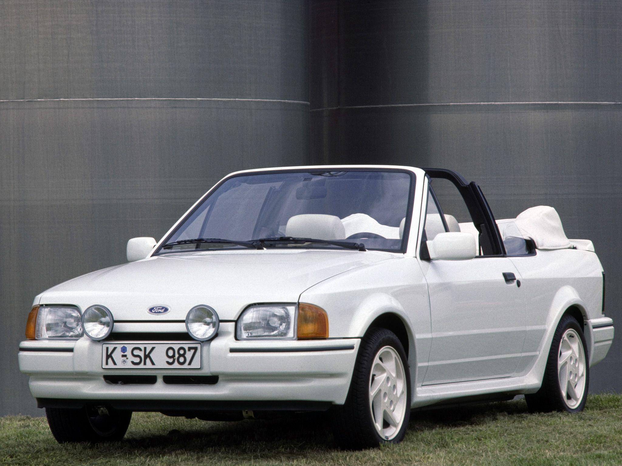 ford escort xr3i cabriolet loaned whilst classic being. Black Bedroom Furniture Sets. Home Design Ideas