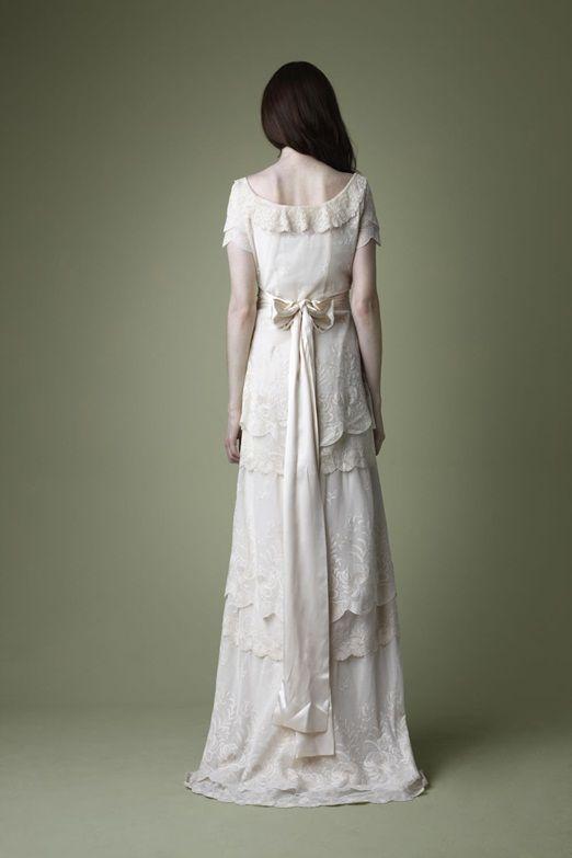1910s Edwardian Style Cream Tiered Lace Wedding Dress Vintage