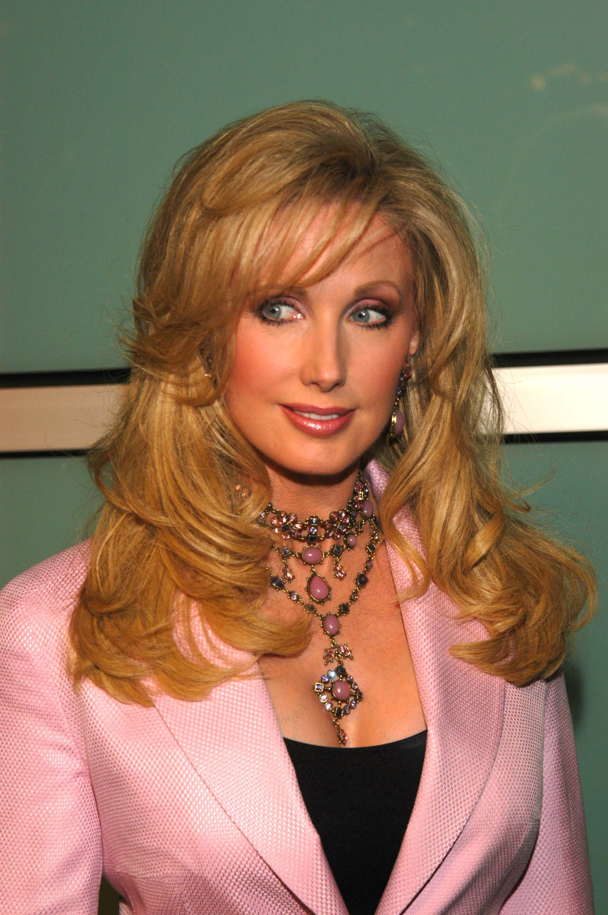 Cleavage Morgan Fairchild naked (66 foto and video), Tits, Cleavage, Twitter, see through 2017