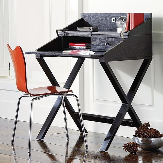 Small Desk Solutions For Your Home With Images Small Room Desk