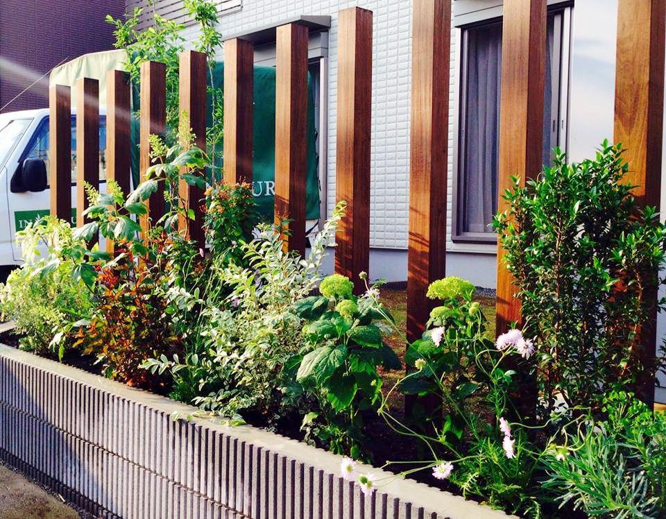 スリットフェンス 植栽 ナチュラルガーデン ガーデンデザイン 外構 Garden Design Slitted Fence Plants 自然庭園 エクステリア 庭園