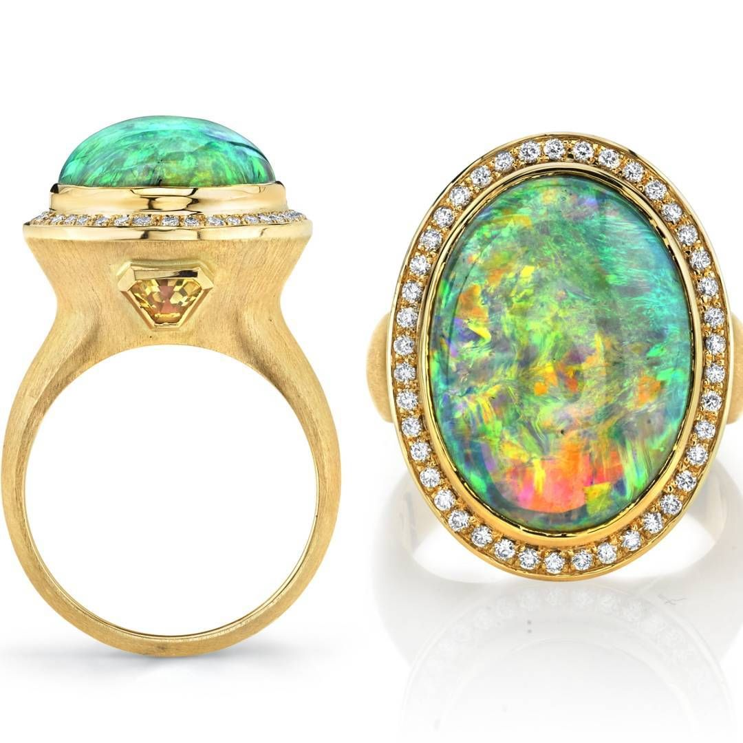aedbe3aa12ae Las Vegas. Smykker Design.  Opalicious - new Australian Lightning Ridge  black opal brushed gold ring. Come see it