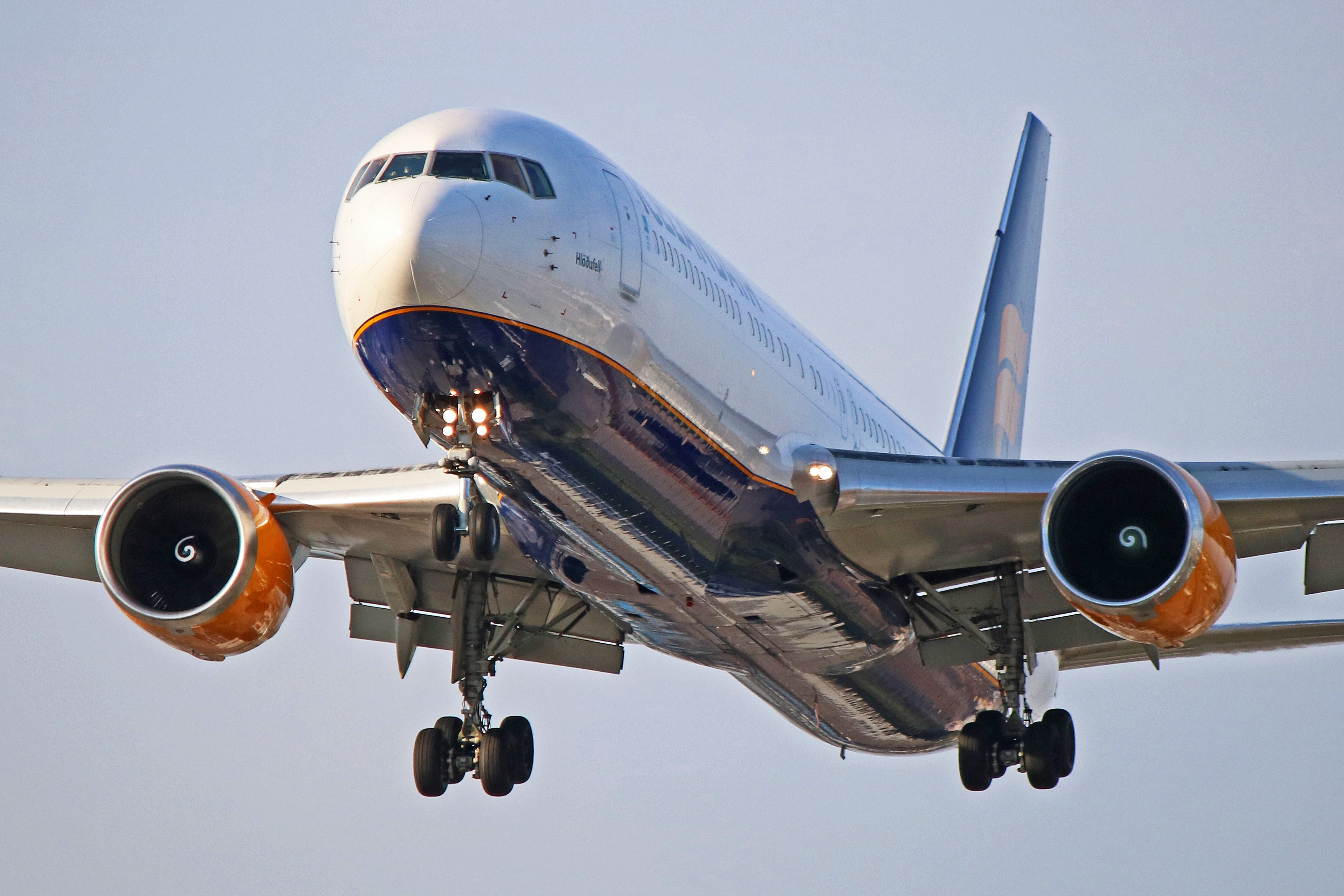Tf Iso Icelandair Boeing 767 300er Started Life With Air New Zealand Boeing 767 Air New Zealand Boeing
