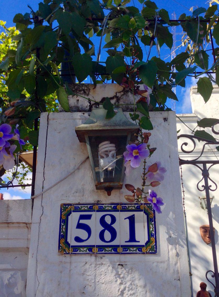 Farol con flores .Asunción