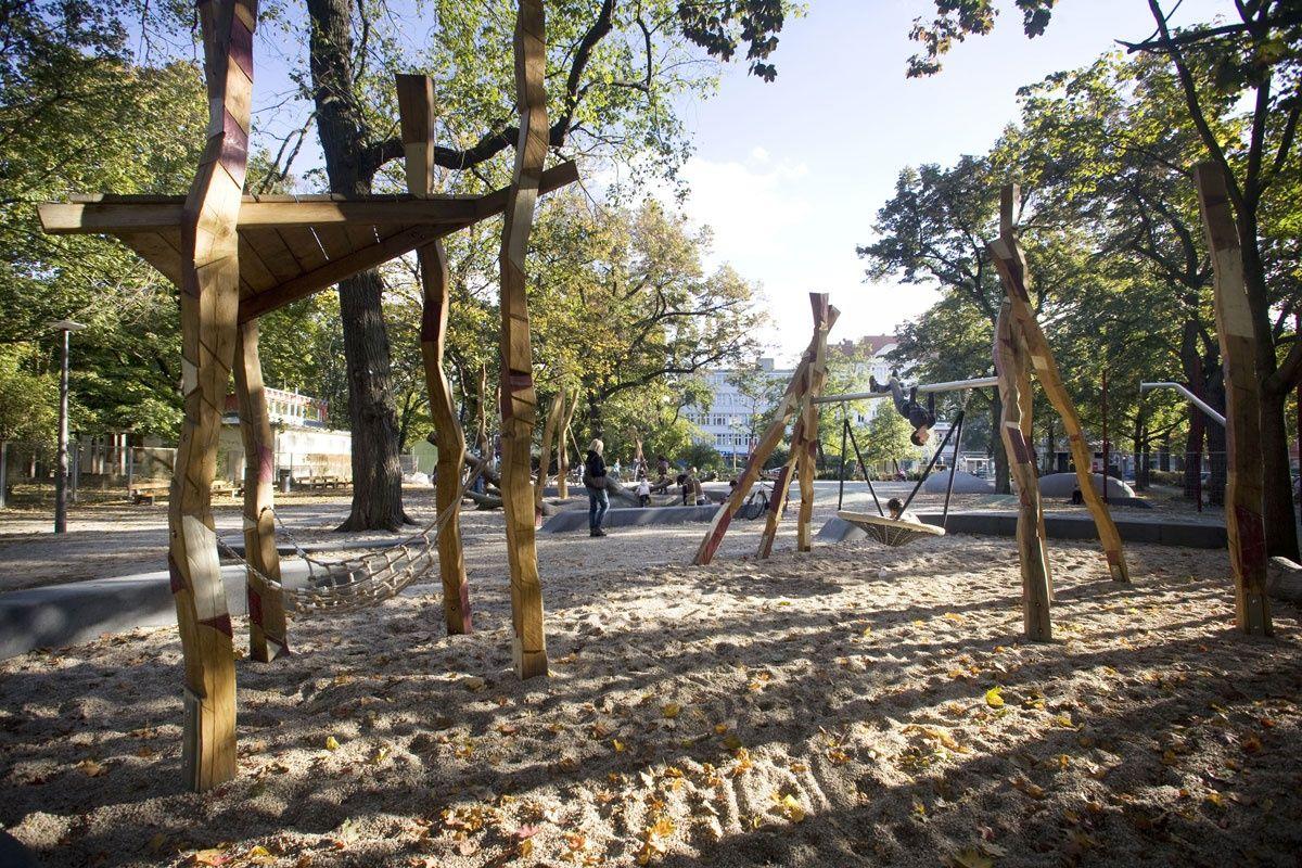 latzundpartner kleiner tiergarten ottopark berlin de spielfl chen spielpl tze pinterest. Black Bedroom Furniture Sets. Home Design Ideas