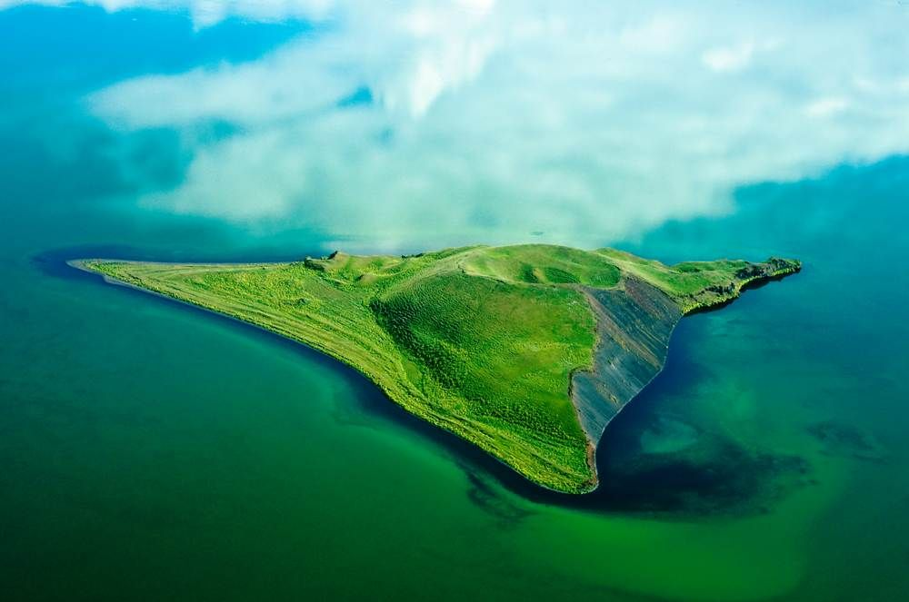Found in Iceland's eutrophic Myvatn lake, Pseutocrater Isle is a sight you should not miss.
