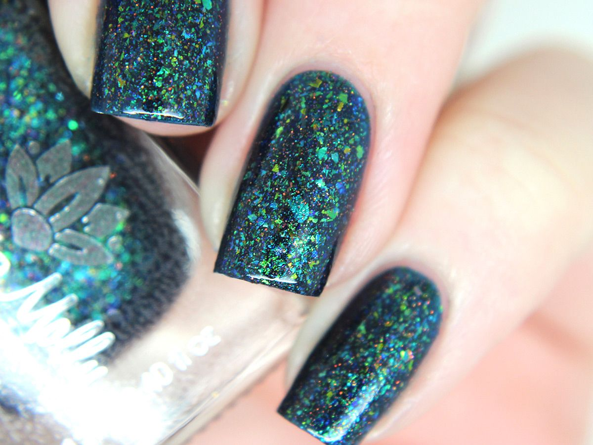 ariels-realm-2- | NAILS | Pinterest | Ariel, Free base and Green glitter