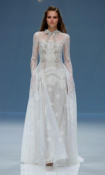 Barcelona Bridal Week: Long-sleeved wedding dresses like Kate ...