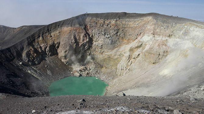 Камчатка.Эбеко (Последнее извержение: 2010 год).