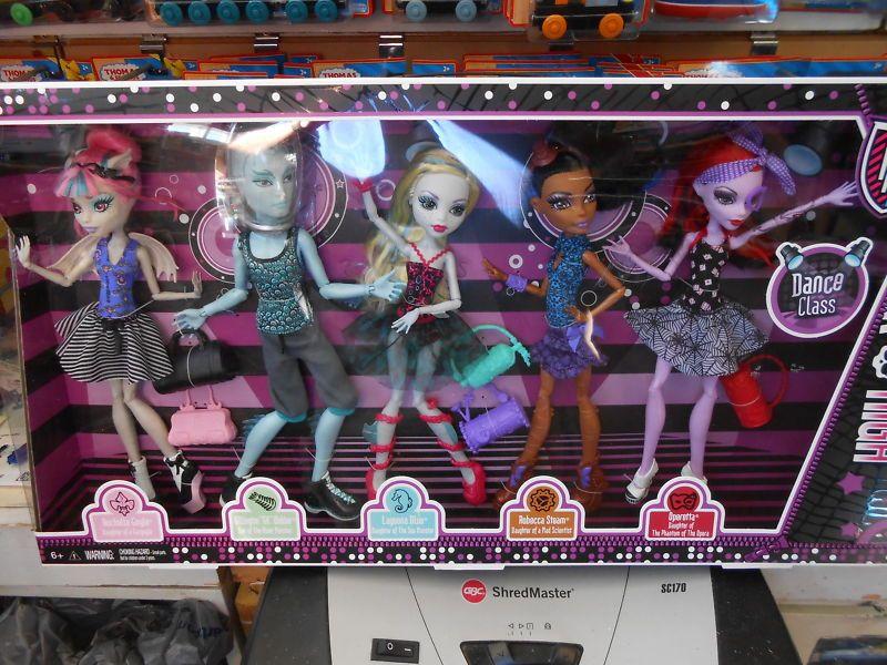 Monster High DANCE CLASS 5 PK W GILLINGTON GIL WEBBER
