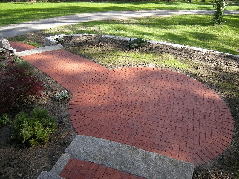 Brick Paver Walkway Designs | Herringbone Patterns Are Used In Wide Areas  Such As Patios They