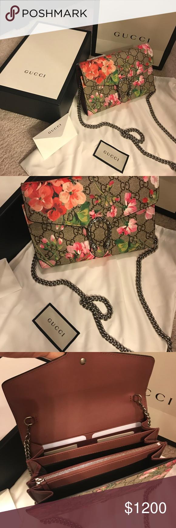 b49f9d8aee60 Gucci Dionysus Blooms mini chain bag 100% Authentic Gucci Dionysus Blooms  print mini chain bag